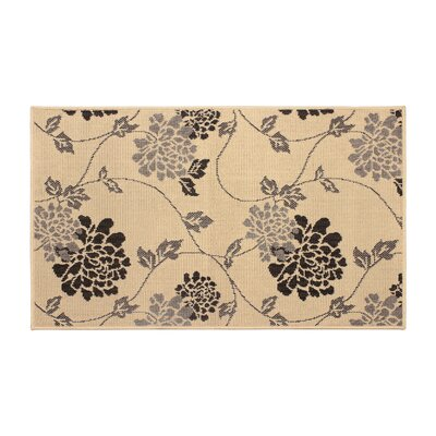 Jaya Stencil Chrysanthemum Beige Indoor/Outdoor Area Rug Rug Size: 5 x 8