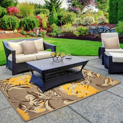 Jaya Hydrangea Yellow/Beige Indoor/Outdoor Area Rug Rug Size: 23 x 39