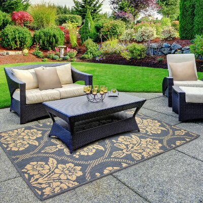 Jaya Tatton in Chain Blue/Beige Indoor/Outdoor Area Rug Rug Size: 4 x 6