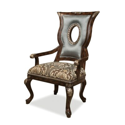 Cosenza Accent Chair
