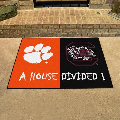 NCAA House Divided: Clemson / South Carolina House Divided Mat