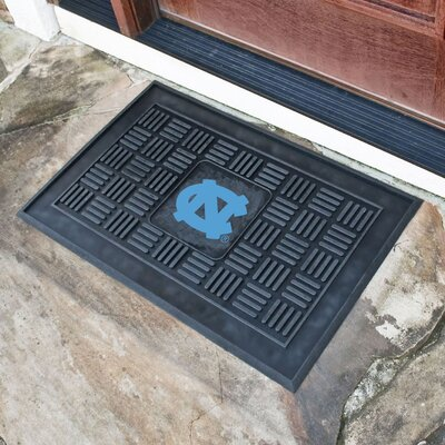 NCAA University of North Carolina - Chapel Hill Medallion Doormat