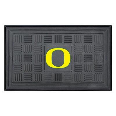 NCAA University of Oregon Medallion Door Mat