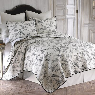 Toile Quilt Set Size: King