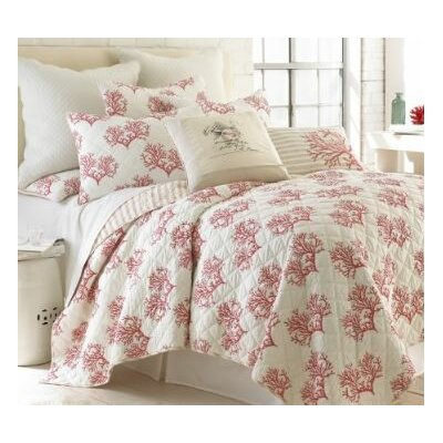 Belize Coral Quilt Set Size: Full/Queen