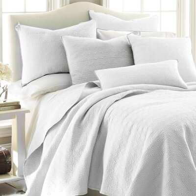 Splendor Reversible Quilt Set Size: Twin, Color: White