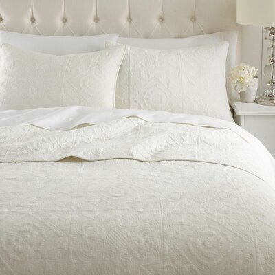 Vanderbilt Quilt Set Size: King, Color: Cream