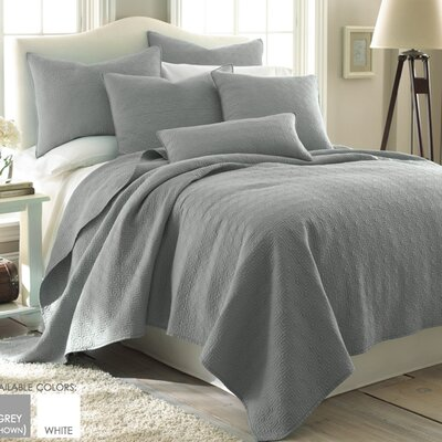Splendor Reversible Quilt Set Color: Gray, Size: King