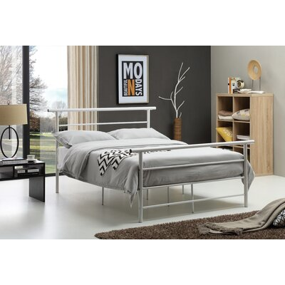 Carlton Platform Bed Size: Queen, Color: White