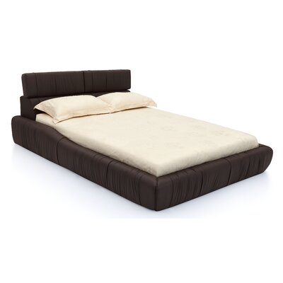Upholstered Platform Bed Size: King, Upholstery: Chocolate