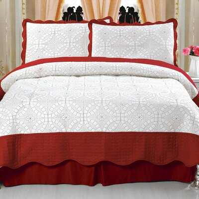 Lydia Embroidered Quilt Set Size: Full / Queen