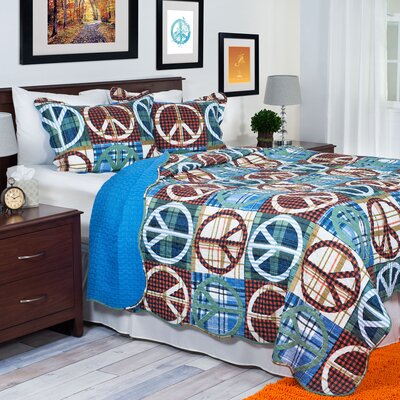 Peace Quilt Set Size: Full/Queen