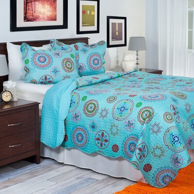 Serena Quilt Set Size: Full/Queen