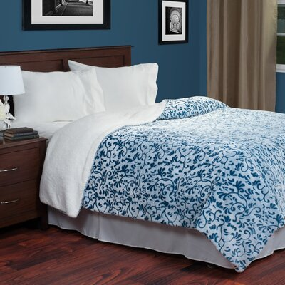Botanical Etched Blanket Color: Blue, Size: King