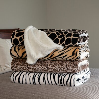 Tiger Throw Blanket Size: King