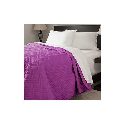 Summer Quilted Blanket Color: Purple, Size: Twin