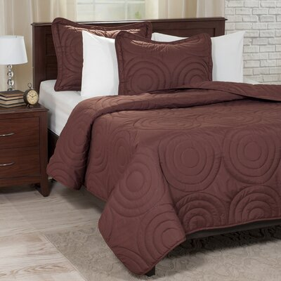 Embossed Quilt Set Color: Chocolate, Size: King