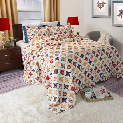Cassandra Quilt Set Size: Full / Queen