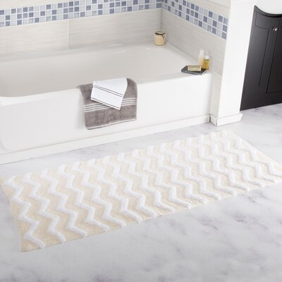Doyle Chevron Cotton Bath Mat Color: Bone