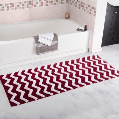 Doyle Chevron Cotton Bath Mat Color: Burgundy