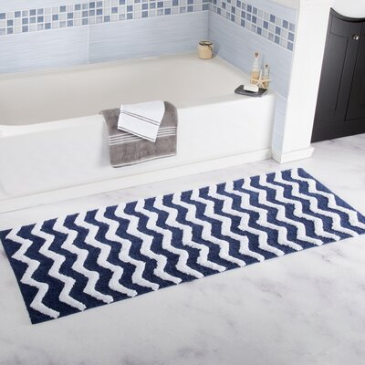 Chevron Cotton Bath Mat Color: Navy