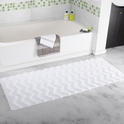 Chevron Cotton Bath Mat Color: White
