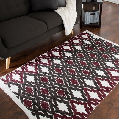 Chindi Hand-Woven Red/White Area Rug