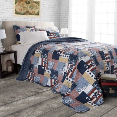 Americana Reversible Quilt Set Size: King