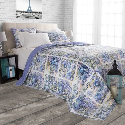 Melody Reversible Quilt Set Size: Twin