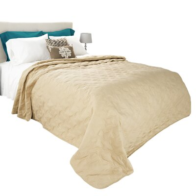 Classic Stitch Lightweight Quilted Blanket Size: Full/Queen, Color: Taupe