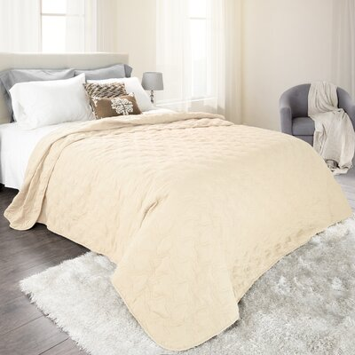 Classic Stitch Lightweight Quilted Blanket Color: Ivory, Size: Twin