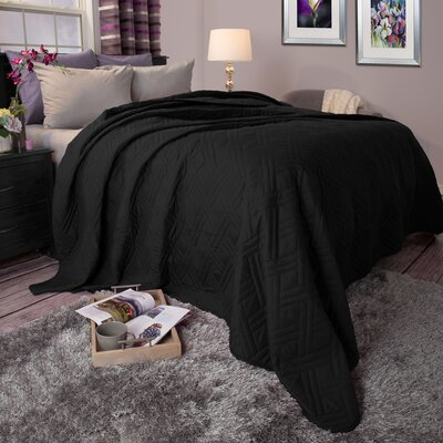 Summer Quilted Blanket Size: Twin, Color: Black