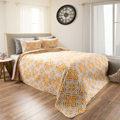 Northridge Embossed 3 Piece Reversible Quilt Set Size: Full/Queen
