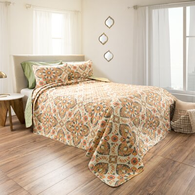 Roderica Embossed 3 Piece Reversible Quilt Set Size: King