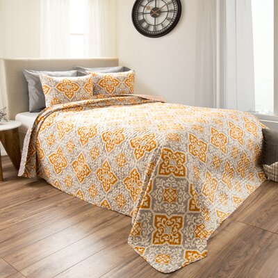Heredia Reversible Quilt Set Size: Twin