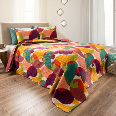 Dowson Reversible Quilt Set Size: Twin
