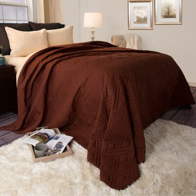Summer Quilted Blanket Color: Chocolate, Size: King