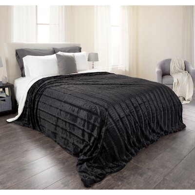 Crescent Fleece/Sherpa Blanket Size: Full/Queen, Color: Smoky Black