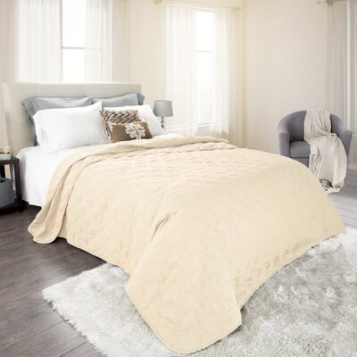 Mytsyk Solid Quilt Color: Ivory, Size: King