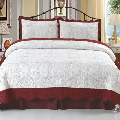 Juliette Embroidered Quilt Set Size: Full / Queen