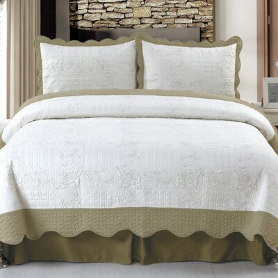 Jeana Embroidered Quilt Set Size: Full / Queen