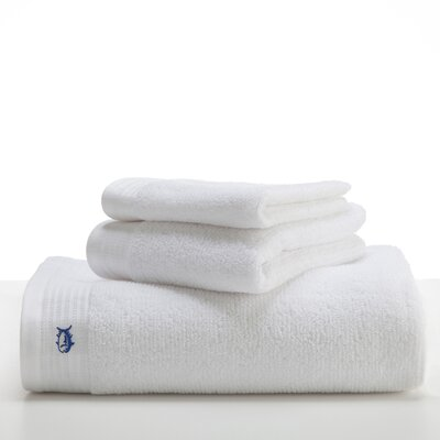 Performance Bath Towel Color: True White