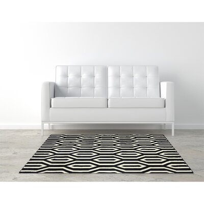 Everlast Black Area Rug Rug Size: Rectangle 5 x 76