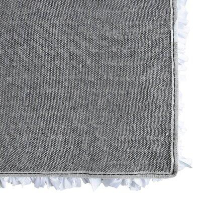 Petal Shag White Area Rug Rug Size: 4 x 6
