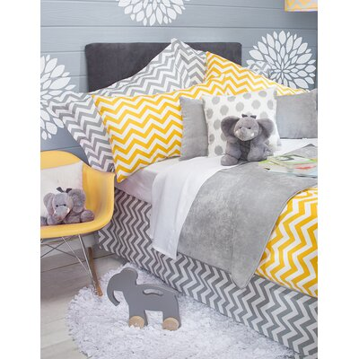 Swizzle Bed Skirt Size: Twin, Color: Yellow