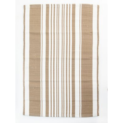 Lexington Beige/White Area Rug Rug Size: 26 x 42