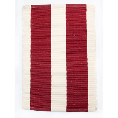 Harvard Red/Ivory Indoor/Outdoor Area Rug Rug Size: 4 x 6