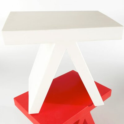 Toy End Table / Chair Color: White