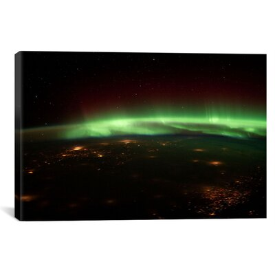 Astronomy and Space Aurora Borealis Graphic Art on Canvas Size: 18