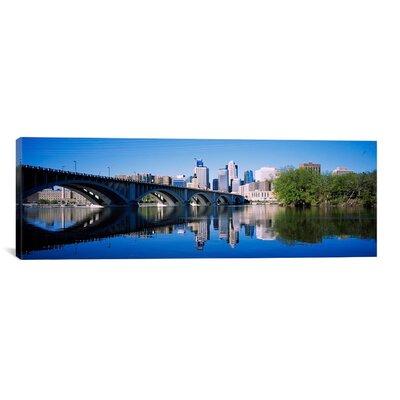 Panoramic Arch Bridge Across, Minneapolis Photographic Print on Canvas Size: 20
